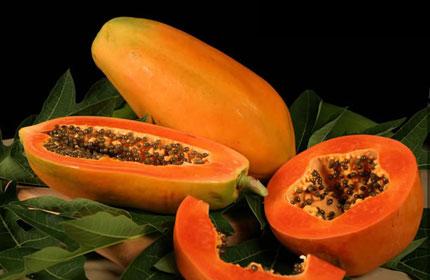 Đu đủ - một trong những thực phẩm có tính nhuận tràng cao