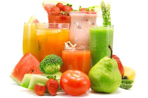 Người mắc bệnh trĩ hãy uống nhiều hơn các loại nước ép hoa quả