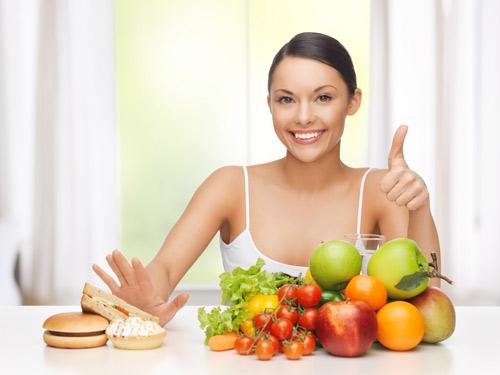 Một chế độ ăn uống hợp lý giúp ngăn ngừa bệnh trĩ hiệu quả