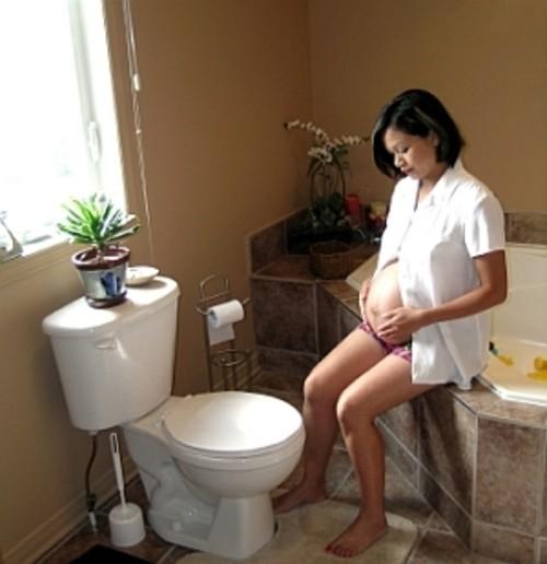 Bà bầu dễ bị bệnh trĩ nếu không biết cách phòng ngừa