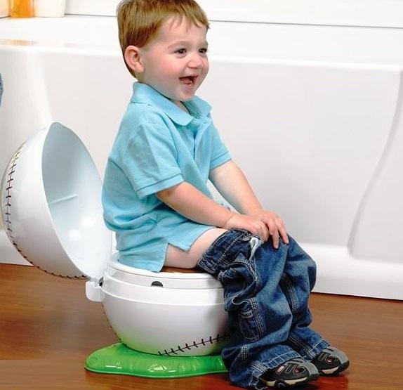 Bị táo bón lâu ngày- dấu hiệu bệnh trĩ ở trẻ em