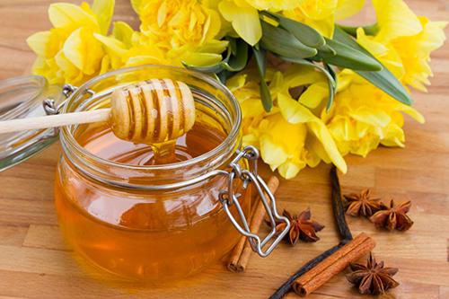 Mật ong chữa bệnh trĩ hữu hiệu mà nhiều người chưa biết