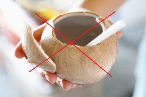 Nếu không muốn triệu chứng bệnh trĩ nặng hơn hãy kiêng nước dừa