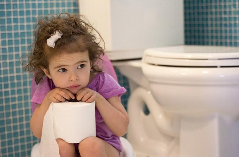 Gia tăng số ca mắc bệnh trĩ ở trẻ em - Cha mẹ hãy lưu ý