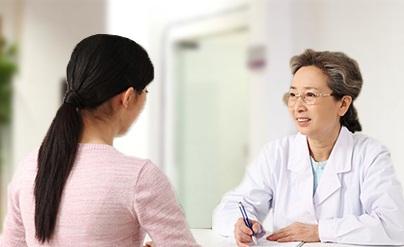Thăm khám và điều trị kịp thời ngay khi có triệu chứng bệnh nứt kẽ hậu môn