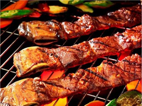 Không nên ăn các món cay nóng khi đang bị nứt kẽ hậu môn