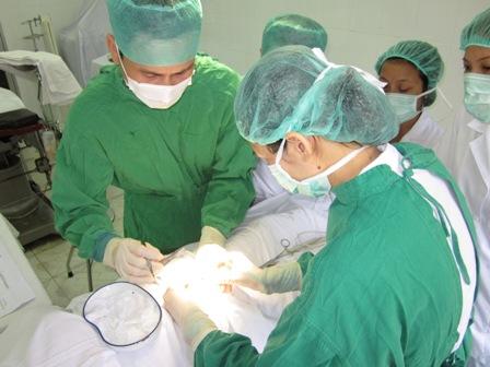 Cẩn thận với các biến chứng sau phẫu thuật rò hậu môn