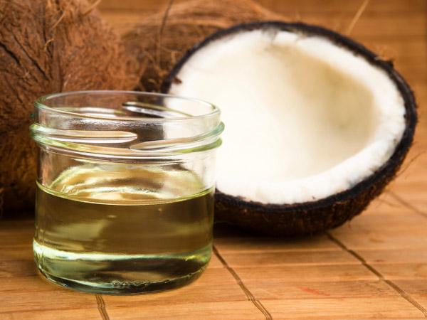 Dùng dầu dừa chữa bệnh trĩ - Bí quyết đơn giản