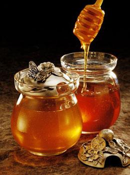Mật ong giúp nhuận tràng, trị táo bón hiệu quả
