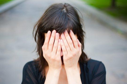 Người bệnh trĩ thường xuyên lo lắng, tự ti, căng thẳng,...