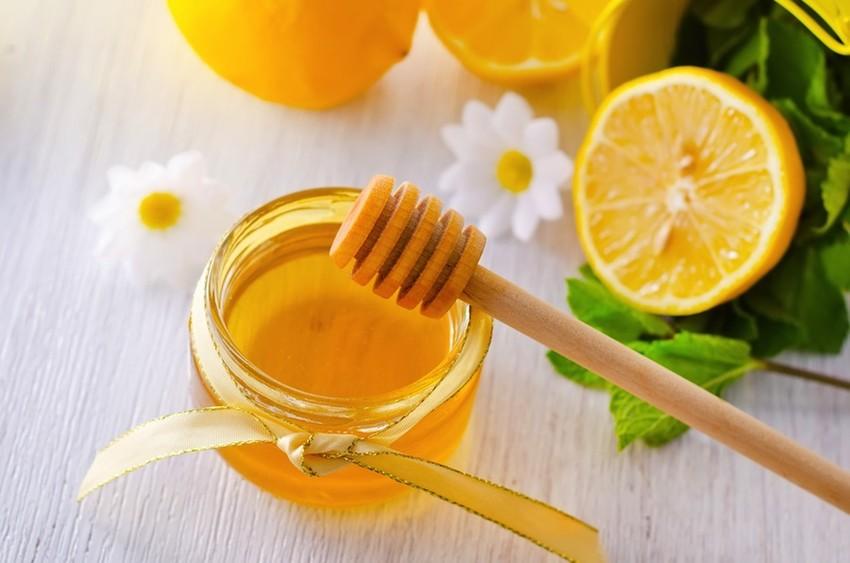 Lưu ý khi dùng mật ong chữa táo bón cho trẻ