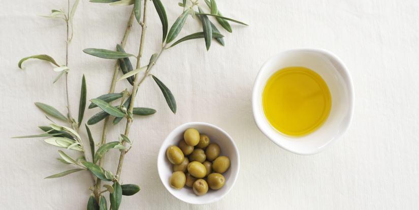 mẹo chữa nứt kẽ hậu môn sau sinh bằng dầu oliu