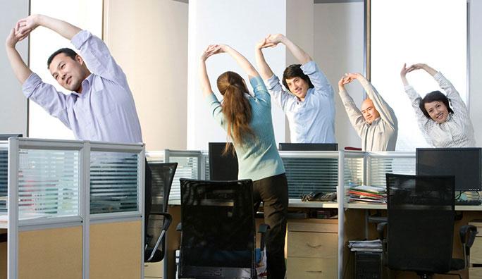 dân văn phòng vận động để ngăn ngừa bệnh trĩ