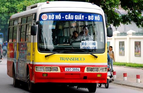 Tuyến xe bus 09 đi qua bệnh viện Việt Đức